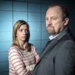Claire Goose ja Peter Firth näyttelevät minisarjassa.
