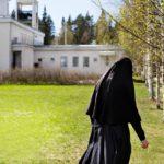 Lintulan luostari oli sisar Elisabetin elämän keskus yli 50 vuotta. Kuva on otettu viime keväänä – kaksi kuukautta ennen mystistä katoamista.