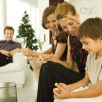 Joskus perheet saattavat tehdä joulusta raskaan matkustellessaan vanhempiensa luo.