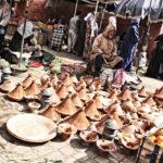 Tajine-ruukkuja myydään medinan kauppakujilla.