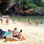 Krabin rantamaisemat lukeutuvat Thaimaan kauneimpiin. Seudun komein ranta löytyy Prinsessalahdelta.