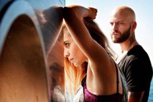 Suburra -elokuvan menestys sai Netflixin jatkamaan tarinaa tv-sarjassa. Italialaisen sarjatuotannon suurmenestys on ollut nähtävissä 190 maassa.
