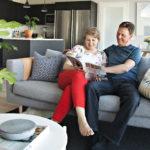 Sirpa ja Arto Kimarin uusi koti sopii kahden aikuisen ihmisen tarpeisiin.