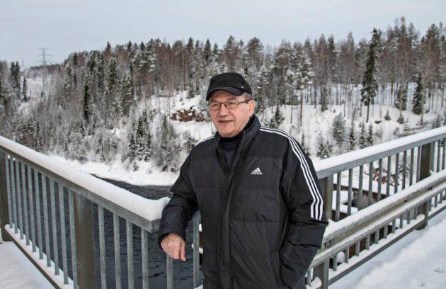 Mikko Ranta, 76, kuuli betoniin kadonneen vangin tarinan ensimmäistä kertaa teini-iässä, kun aloitti työt Pyhäkosken voimalaitoksella. © VESA RANTA