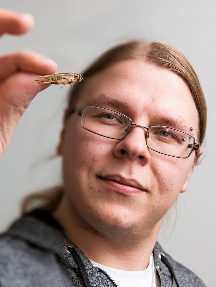 Hyönteisfarmari Tommi Nuolioja