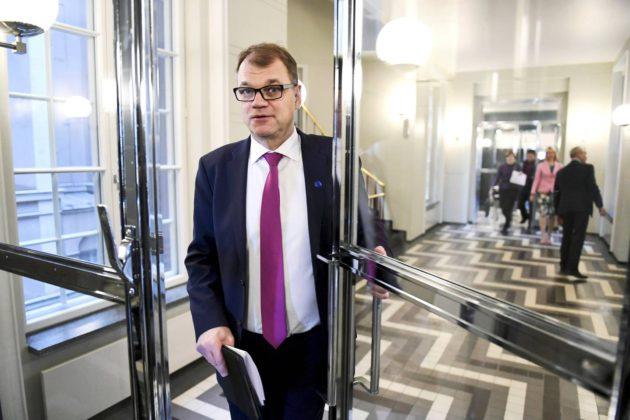 Pääministeri Juha Sipilä on sijoittanut omaisuuttaan vakuutuskuoreen.
