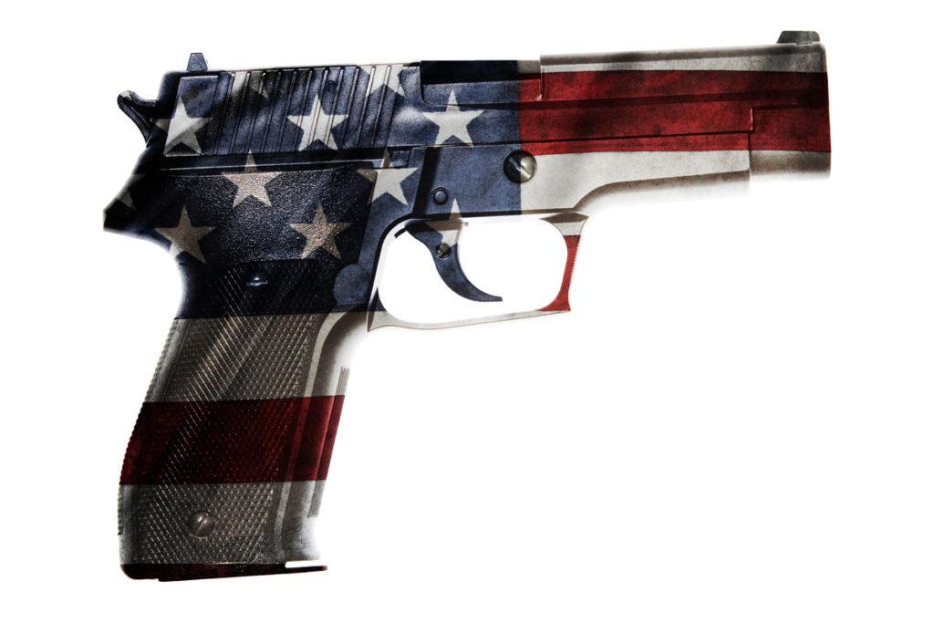 Kuvituskuva: Yhdysvaltain lipulla koristeltu ase.
