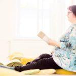 Päivi Syrjänen kuvaa itseään suorittajaksi ja jännittäjäksi. Mindfulness on auttanut häntä olemaan rennompi ja tyynempi.