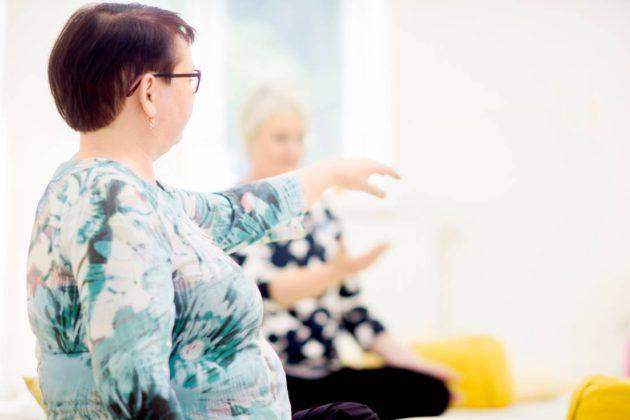 Päivi Syrjänen on nykyään mindfulness-ohjaaja.