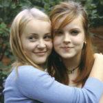 Hennariikka Laaksola ja Saila Laakkonen näyttelevät elokuvassa, joka kertoo ystävyydestä ja aikuiseksi kasvamisen vaikeudesta.