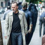 Michael Keaton on entinen supersankarinäyttelijä Riggan Thomson.