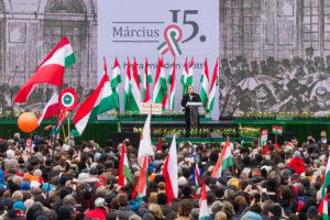 Pääministeri Viktor Orbán puhui Unkarin vallankumouksen ja vapaustaistelun 170-vuotisjuhlassa Budapestissa 15. maaliskuuta 2018.