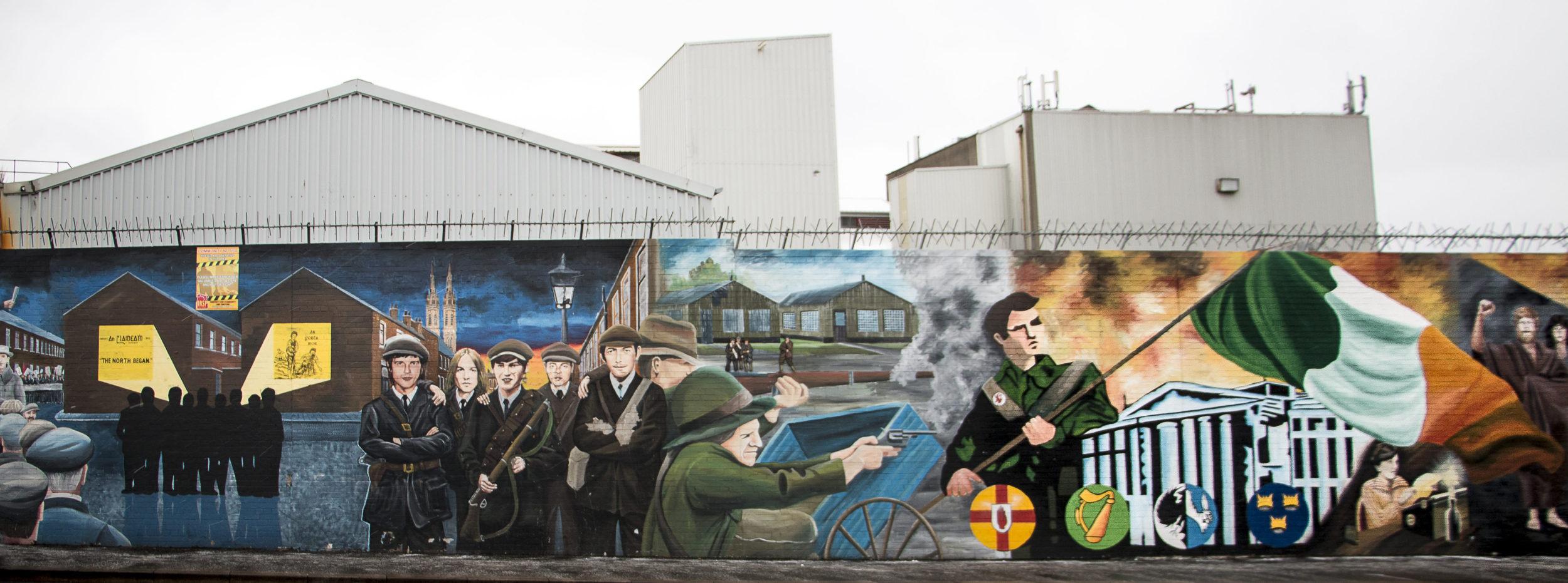 Tasavaltalainen seinämaalaus Belfastissa.