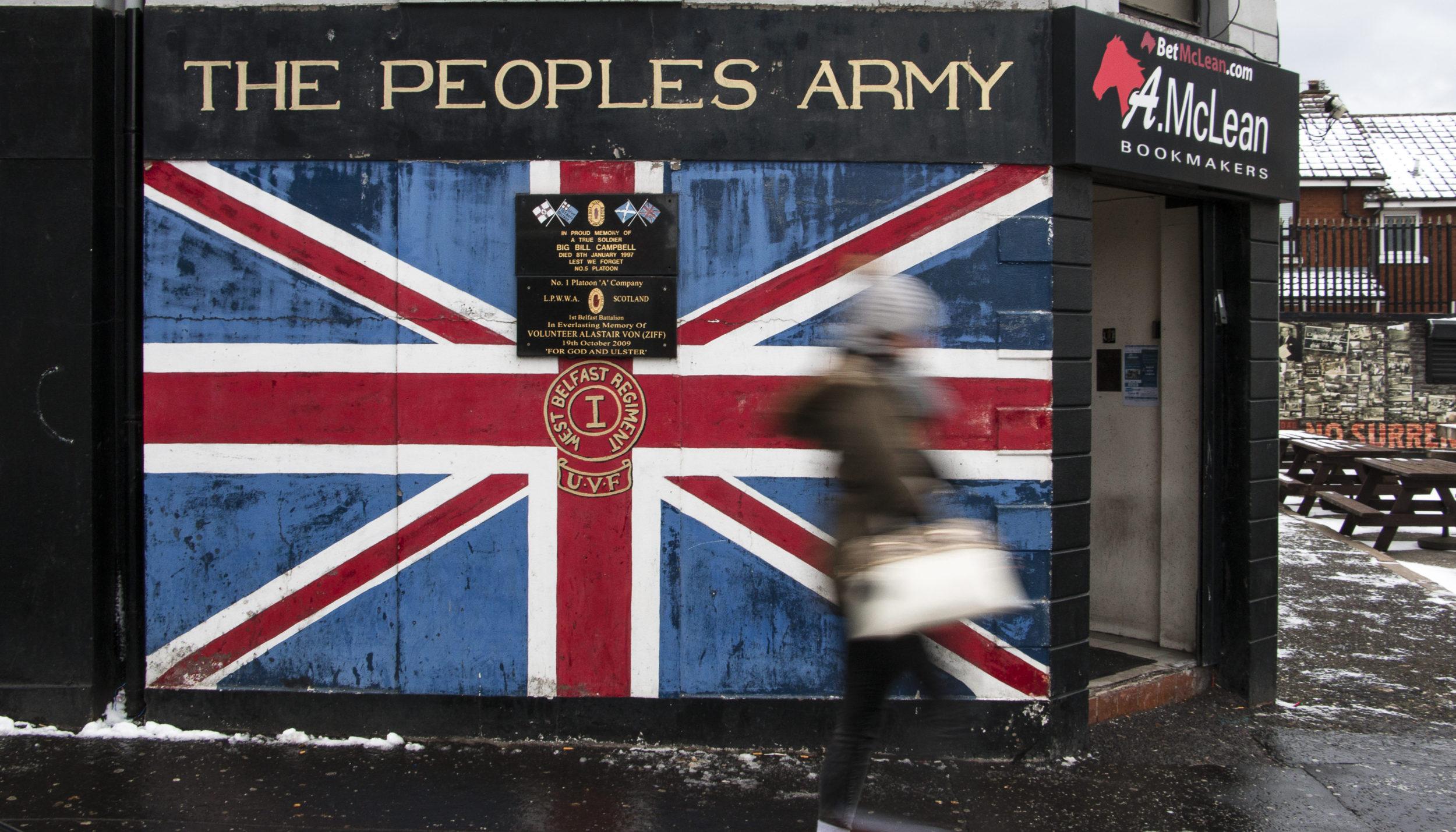 UVF-seinämaalaus Shankill Roadilla.