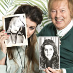 Riita Väisänen ja Danny katsovat vanhoja valokuvia ja kertovat ystävyydestään uudessa Viva-lehdessä.