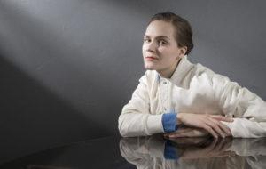 Ronja Salmi on suomalainen kirjailija, yrittäjä ja juontaja. Salmi on Helsingin kirjamessujen ohjelmajohtaja tammikuusta 2018