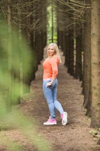 Jutta Gustafsson metsäpolulla