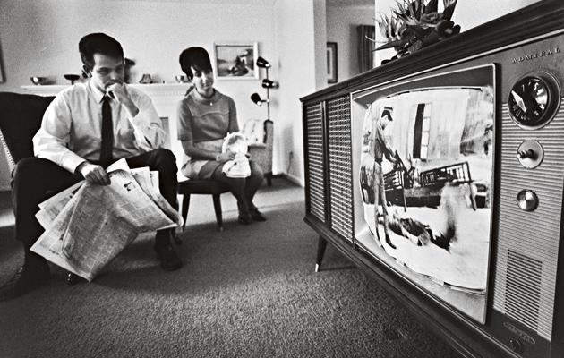 Vietnaminsodan seuraaminen omasta tv:stä