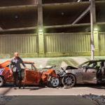 Dom Toretto (Vin Diesel, vas.) ja Deckard Shaw (Jason Statham) ottavat autoineen yhteen.