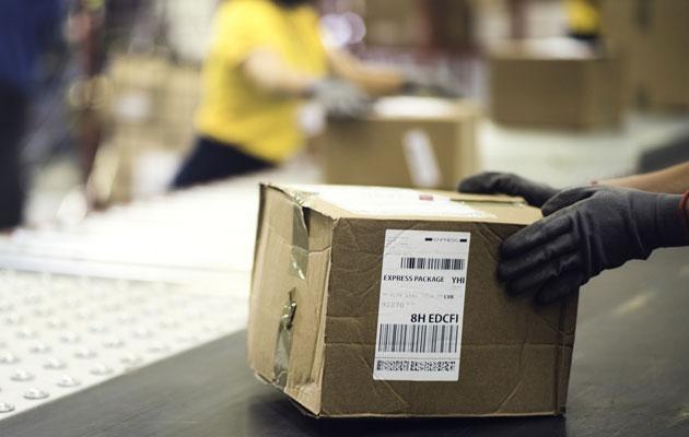 Postipaketteja lähetetään entistä enemmän