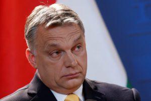 Unkarin pääministeri Viktor Orbán piti lehdistötilaisuuden Budapestissa 10. huhtikuuta 2018 sen jälkeen, kun parlamenttivaalien tulos oli selvillä.