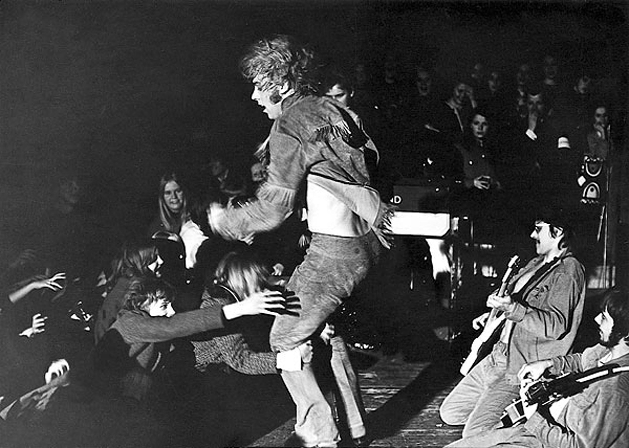 Helsingin Messuhallissa oli noin 10 000 fania maaliskuussa 1969.
