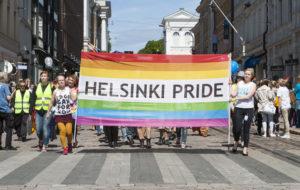 Helsinki Pride -kulkue vuonna 2015