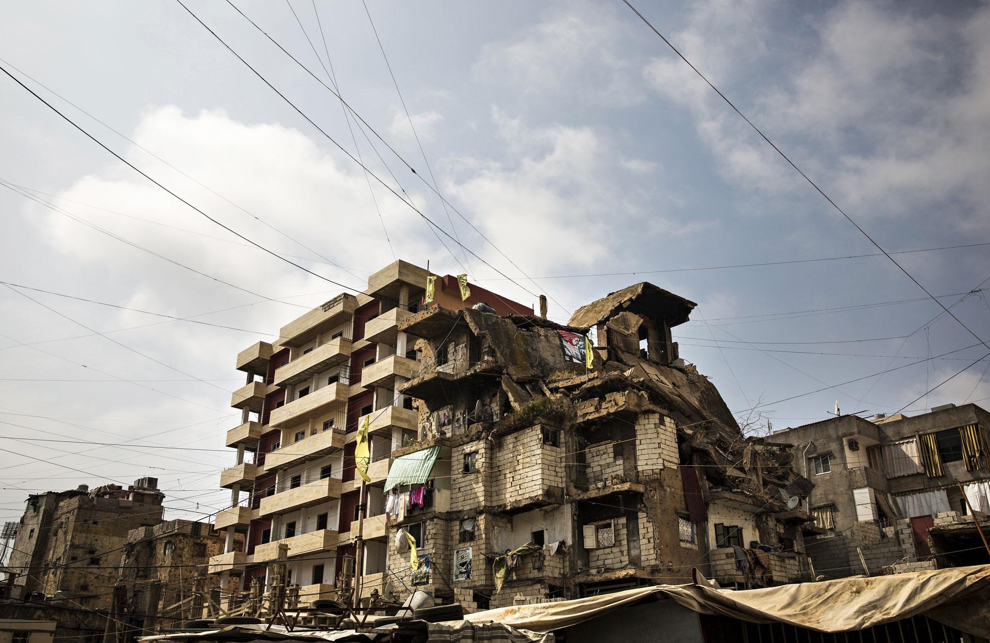 Perheiltä kiskotaan sadan euron kuukausivuokraa osittain romahtaneesta talosta.