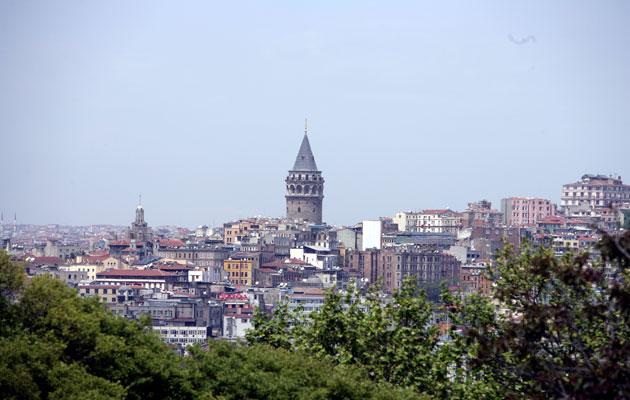 Turismi vetää Istanbuliin. Tripadvisor toimii kyseenalaisin keinoin hotelleista arvioita pyytäessä.