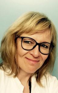 Minna Kiljunen toimii saattohoitovapaan puolesta.