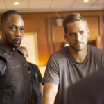 Brick Mansionsin päärooleissa nähdään räppäri RZA ja Paul Walker, joka kuoli auto-onnettomuudessa ennen elokuvan ensi-iltaa.