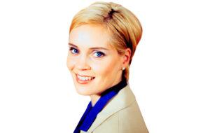 Tiina Lymi (Henrika).