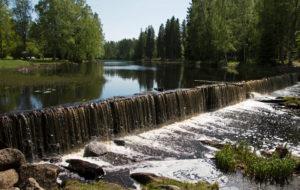 Seinäjoki on sekä kaupunki että vehreiden rantojen reunustama virta