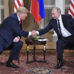Yhdysvaltojen presidentti Donald Trump (vas.) ja Venäjän presidentti Vladimir Putin Presidentinlinnassa Helsingissä 16. heinäkuuta 2018.