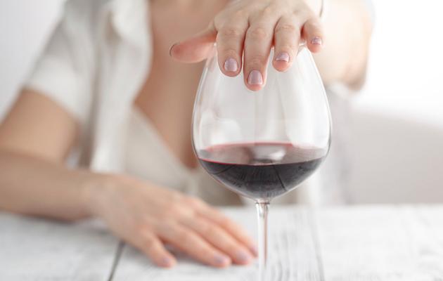 Viinin juonti ja iho