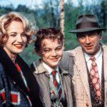 Ellen Barkin, Leonardo DiCaprio ja Robert De Niro ovat kuvassa vielä onnellisia.