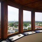 Naisvuoren ympäristö kahviloineen ja museoineen on kätevä kesäkohde. Naisvuoren näkötornista aukeaa kaunis näkymä Mikkelin ylle.