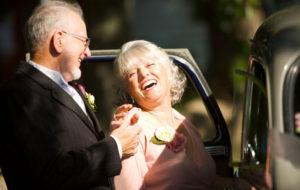 Kun menee naimisiin uudelleen tai varttuneemmalla iällä, kannattaa tehdä avioehto ja testamentti.