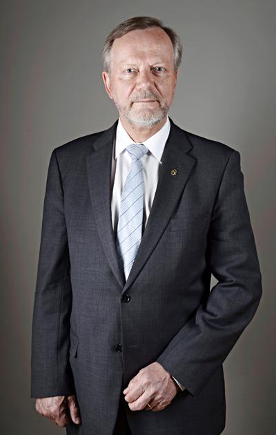 Sotevaliokunnan jäsen, kansanedustaja Martti Talja