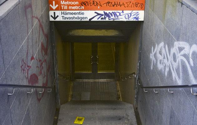 Metrossa liikkuu paljon bakteereja.