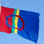 Saamen lippu on neljän valtion alueella asuvien saamelaisten tunnus.