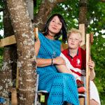 Susanna Tohmola ja hänen poikansa Rasmus ovat erottamattomat. Arjen haasteissa heillä on tapana tsempata toisiaan.