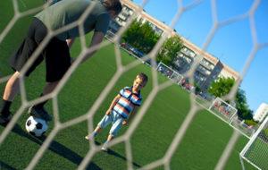 Juniorijalkapallossa tunteet kuohuvat - syynä lienevät isien testosteronit.