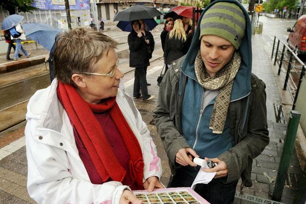 Tuula_Maria Ahosella lähti Roska päivässä -liikkeen syntyprosessi liikkeelle jo vuonna 1996, jolloin hänen omat lapsensa olivat pieniä.