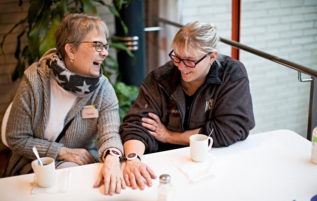 Camilla ja hänen huonetoveri Linda Eveli