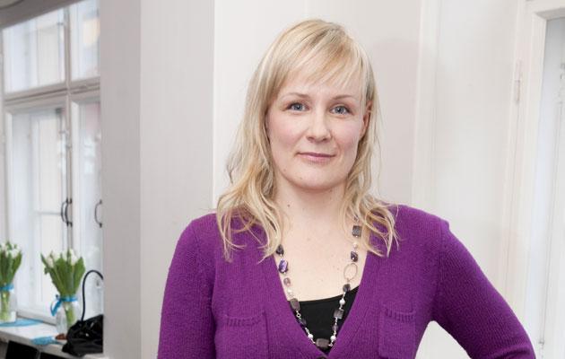 Kirjailija Anna Hiekkapelto luotsaa Nordic Noir -tapahtumaa Rukalla.