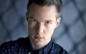Laulaja Olavi Uusivirta
