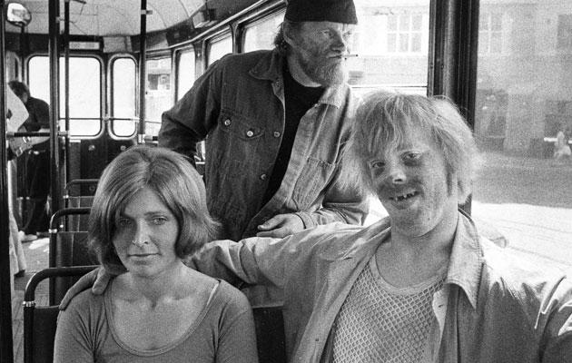 Elokuvan ja viihteen monitoimimies Pertti 'Spede' Pasanen, Vesa-Matti Loiri ja Marjatta Raita elokuvassa Uuno Turhapuro vuonna 1973.