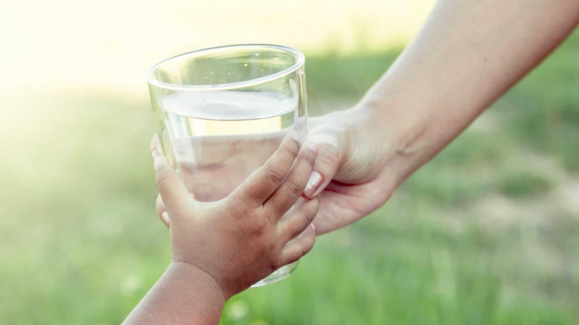 Maapallolla käytetystä vedestä runsas 10 prosenttia kulutetaan kotitalouksissa juoma- ja pesuvetenä.