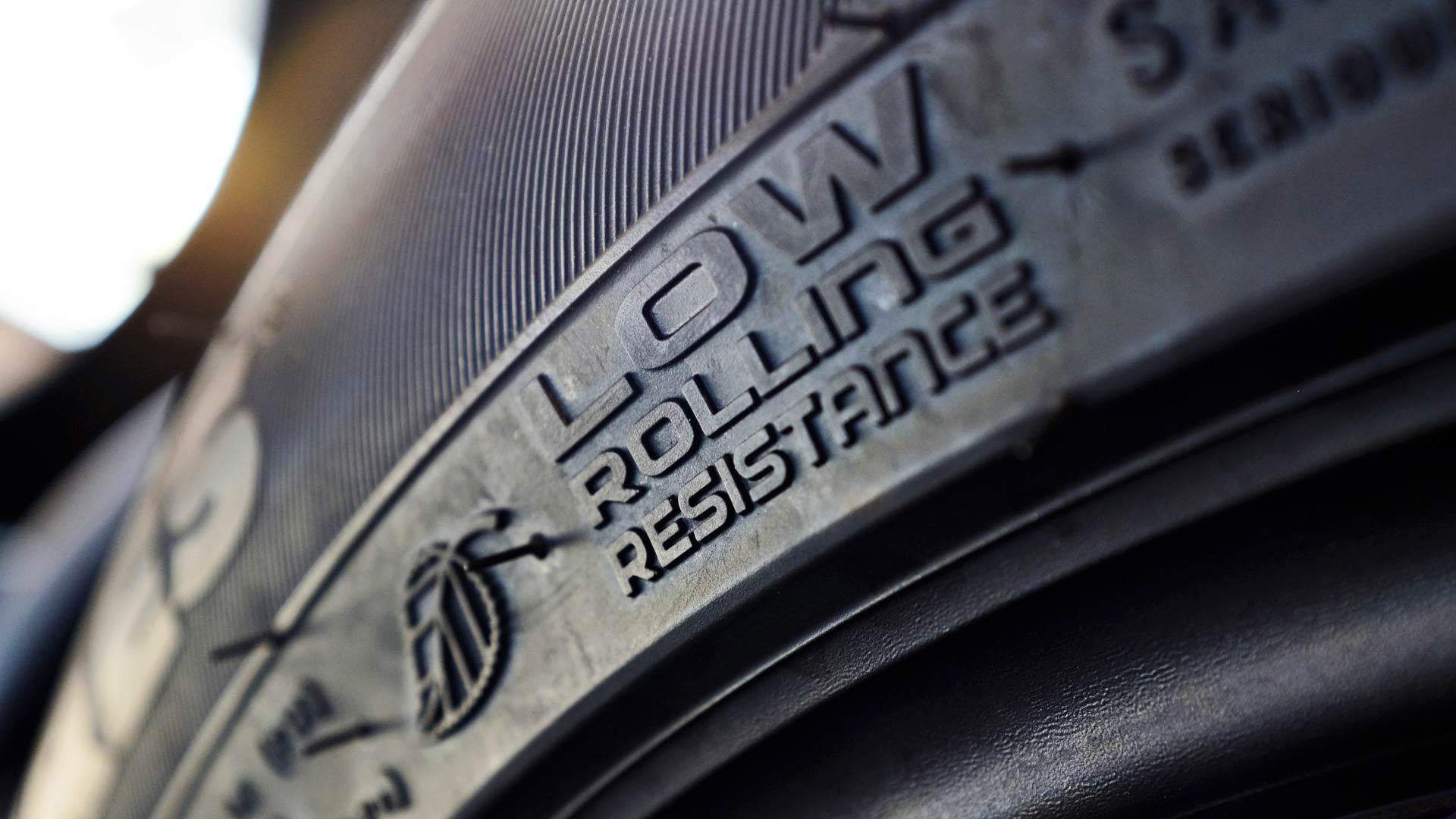 Sähköauton renkaat
